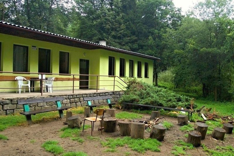 Velikonoční tábor - budova