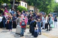 Vyložení kufrů na letním dětském táboře